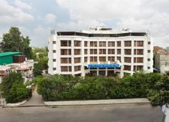 Hotel Pacific Dehradun - Dehradun - Rakennus