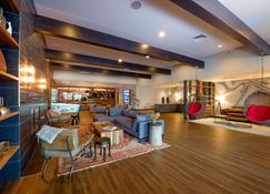 The Ridgeline Hotel, Estes Park, Ascend Hotel Collection - Estes Park - Lounge
