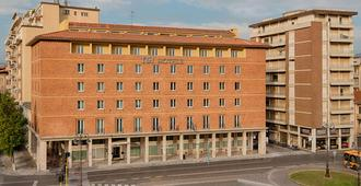 NH Pisa - Pisa - Building