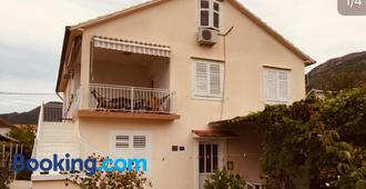 Anita Guest House - Tivat