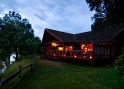 Royal Mara Safari Lodge - Maasai Mara - Building