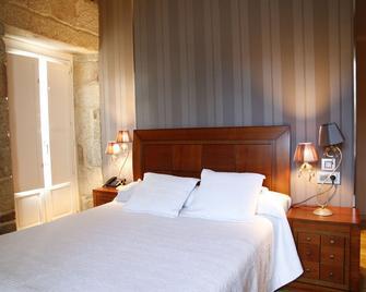 Hotel Casa de Caldelas - Castro Caldelas - Schlafzimmer