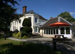 Best Western Priory Hotel - Bury St. Edmunds - Building