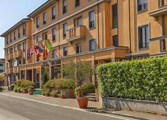 布拉諾大酒店 - 比薩 - 比薩 - 建築
