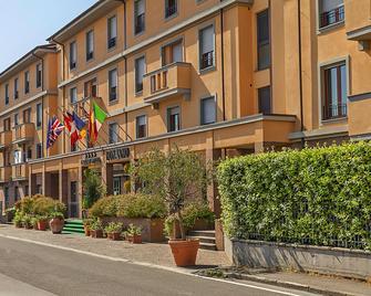 Grand Hotel Bonanno - Pisa - Building