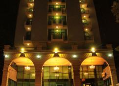 Zmama Hotel - Addis Ababa - Building
