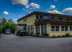 Hotel am Krahnberg - Gotha - Bâtiment