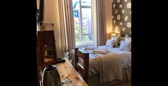 Braeside Guesthouse - Exeter - Bedroom
