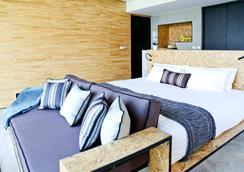 X2 River Kwai Resort - Kanchanaburi - Makuuhuone