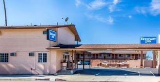 Rodeway Inn San Bernardino - San Bernardino