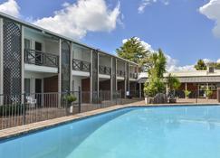 Poenamo Hotel - Auckland - Pool