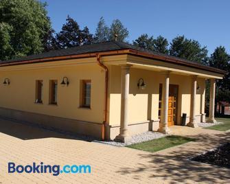 Lovecka Basta - Strakonice - Building