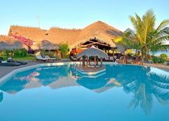 Antsanitia Resort - Mahajanga - Pool