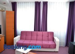 Amethyst House - Otopeni - Living room