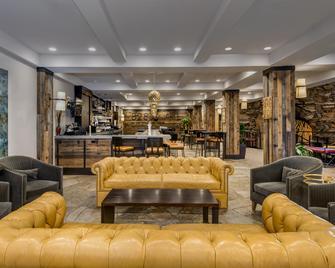 Crowne Plaza Resort Asheville, An IHG Hotel - Asheville - Lounge