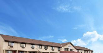 Rodeway Inn - Syracuse