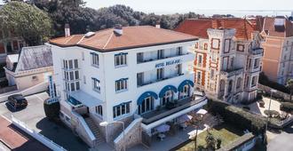 Hôtel Belle Vue - Royan - Toà nhà