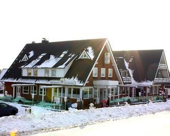 Hotel zur Fischerklause - Butjadingen - Building