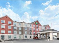 Holiday Inn Express Hotel & Suites Seaside-Convention Center - Seaside - Building