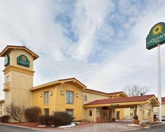 La Quinta Inn By Wyndham Omaha West - Omaha - Building
