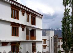 Tih Hotel New Antelope - Leh - Gebäude
