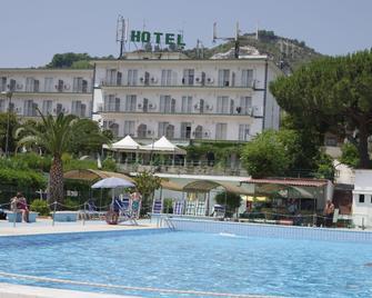 Tennis Hotel - Pozzuoli