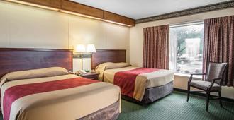 Rodeway Inn Convention Center - פורטלנד - חדר שינה