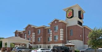 Super 8 by Wyndham Austin/Airport South - אוסטין