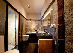 Hotel Monopol - Katowice - Bathroom