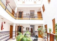 Hostal Alborada - Tarifa - Lobby