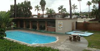 Quintas Papagayo - Ensenada - Pool