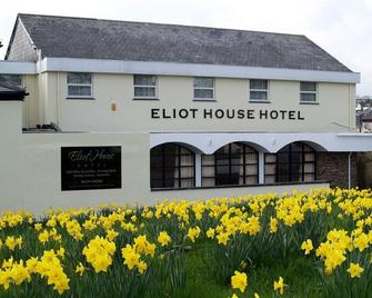 Eliot House Hotel - Liskeard - Building