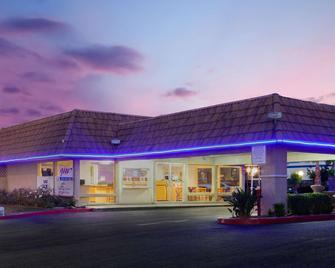 Knights Inn Palmdale Lancaster Area - Палмдейл - Здание