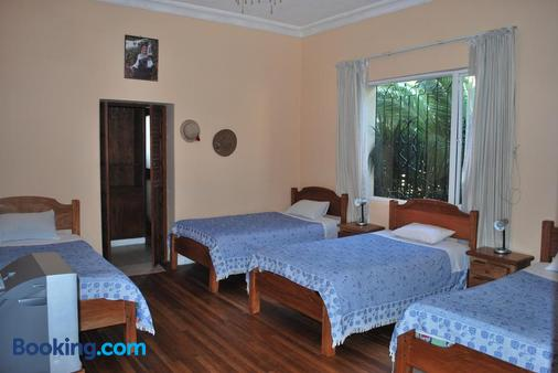 Travellers Inn - Quito - Bedroom