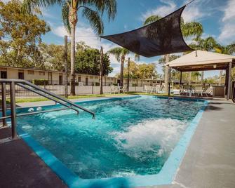Artesian Spa Motel - Moree - Bazén