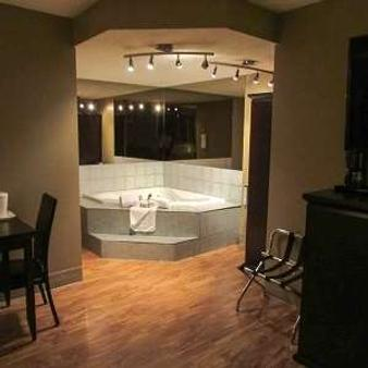 Stonebridge Hotel - Fort McMurray - Μπάνιο