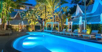 Deevana Krabi Resort - Ao Nang - Pool