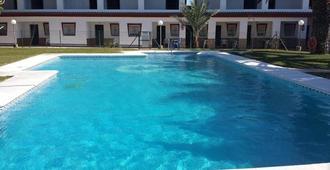 Hostal Las Parcelas - Conil de la Frontera - Pool