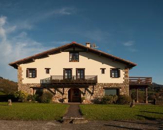 Casa Peluaga - Oiartzun - Gebäude