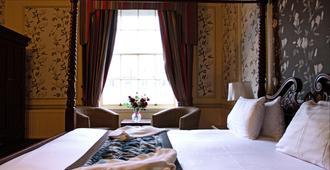 Milford Hall Classic Hotel - Salisbury - Bedroom