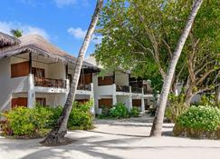 Sheraton Maldives Full Moon Resort & Spa - Malé - Building