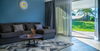 Marbella Resort - Шарджа - Гостиная