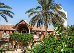 Marbella Resort - Sharjah - Building