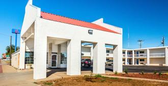 Motel 6 Childress Tx - Childress - Building
