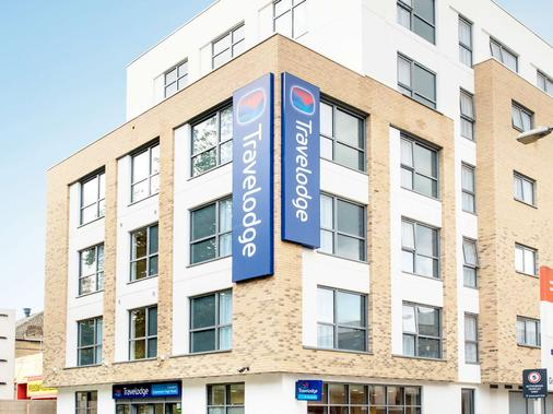 Travelodge Greenwich High Road - London - Building