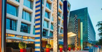 Radisson Blu Media Harbour Hotel, Düsseldorf - Düsseldorf - Building