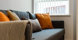 Lovely Family Apartment in Central Manchester - Manchester - Living room