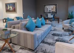 Holiday Inn Express & Suites Silao Aeropuerto - Terminal, An IHG Hotel - Silao - Salon