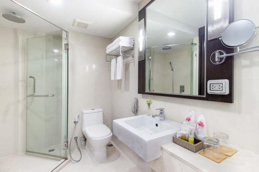 Mida Hotel Ngamwongwan - Mueang Nonthaburi - Bathroom