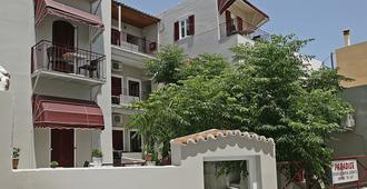 Paradise Rooms - Ermoupoli